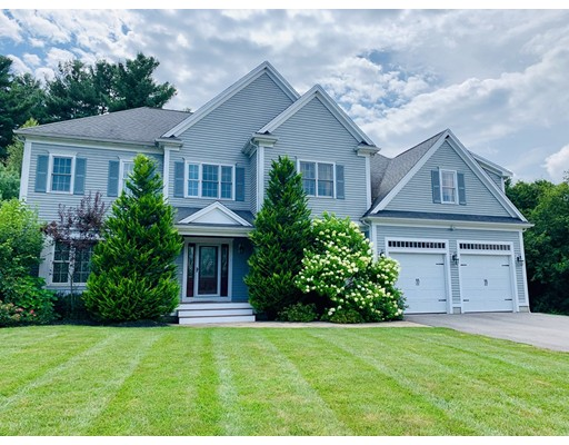 12 Baker Rd, Medfield, MA 02052