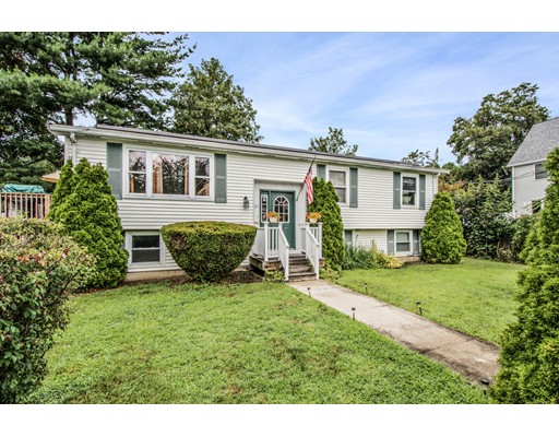 Lakeside Ave, Quincy, MA 02169