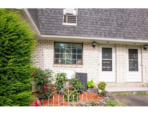 29 Princeton Terrace, Greenfield, MA 01301