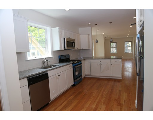 Picture 11 of 54 Central Ave Unit 1 Milton Ma 2 Bedroom Rental
