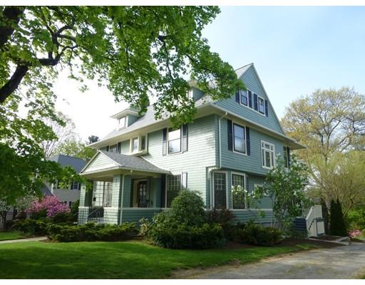 Photo: 915 Pleasant Street, Worcester, MA