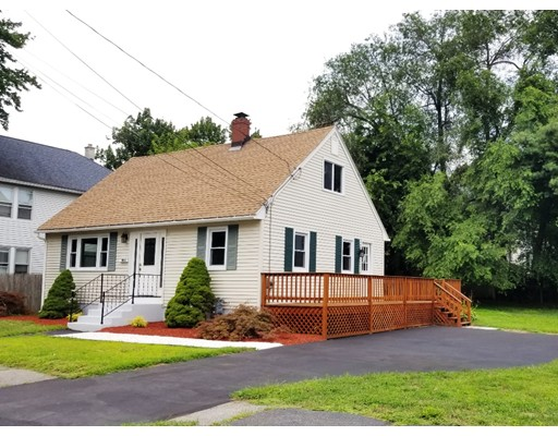 44 Royal St, Agawam, MA 01001