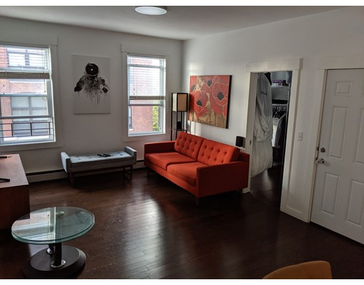 Photo of 137 Orleans Street #3