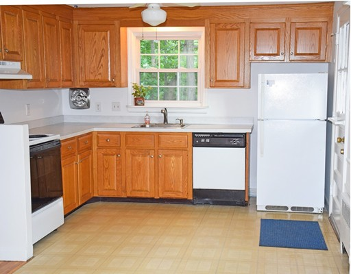 Picture 4 of 39 Bowes Ave  Quincy Ma 3 Bedroom Single Family