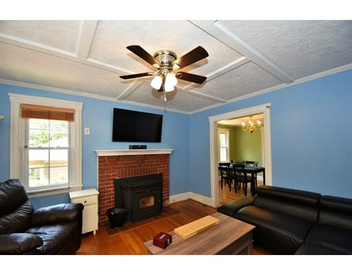 Picture 11 of 128-D Main St  Stoneham Ma 2 Bedroom Single Family