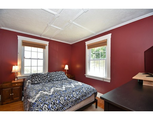 Picture 13 of 128-D Main St  Stoneham Ma 2 Bedroom Single Family