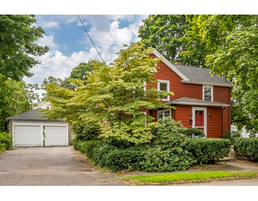 Picture 2 of 36 Hemingway St  Winchester Ma 3 Bedroom Single Family