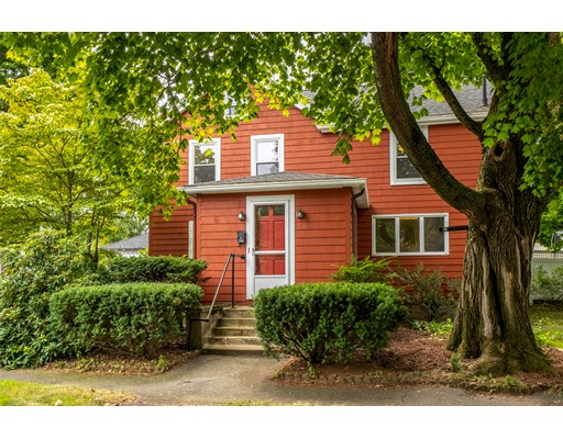 Picture 4 of 36 Hemingway St  Winchester Ma 3 Bedroom Single Family