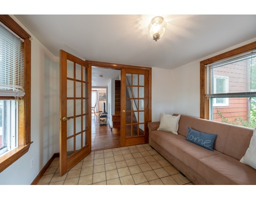 Picture 6 of 36 Hemingway St  Winchester Ma 3 Bedroom Single Family