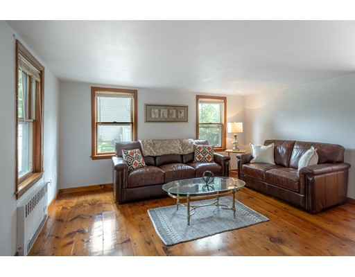 Picture 8 of 36 Hemingway St  Winchester Ma 3 Bedroom Single Family