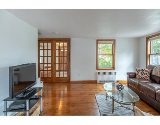 Picture 11 of 36 Hemingway St  Winchester Ma 3 Bedroom Single Family