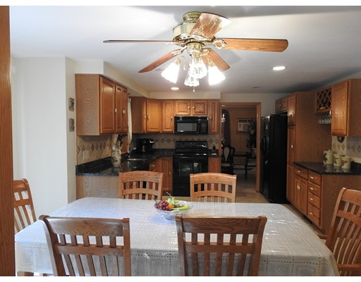 Picture 4 of 67 Lowell Blvd  Methuen Ma 4 Bedroom Single Family