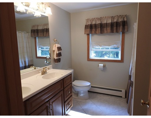 Picture 11 of 67 Lowell Blvd  Methuen Ma 4 Bedroom Single Family