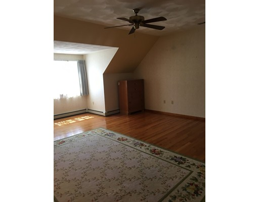 Picture 13 of 26 Sable Run Lane  Methuen Ma 3 Bedroom Single Family