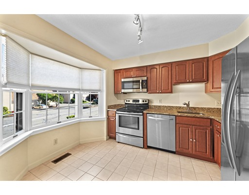 Picture 4 of 54 Weatherly Dr Unit 54 Salem Ma 3 Bedroom Condo