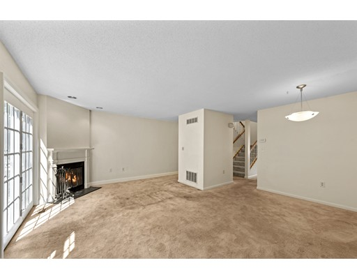 Picture 10 of 54 Weatherly Dr Unit 54 Salem Ma 3 Bedroom Condo