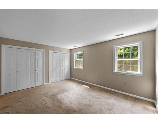 Picture 13 of 54 Weatherly Dr Unit 54 Salem Ma 3 Bedroom Condo
