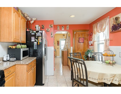 Picture 13 of 174 Sycamore St  Boston Ma 5 Bedroom Single Family