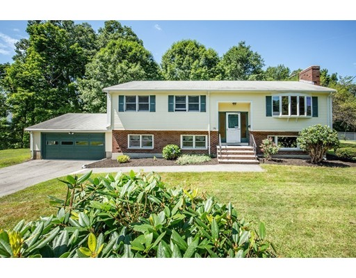 Picture 2 of 156 Summer St  Danvers Ma 3 Bedroom Single Family