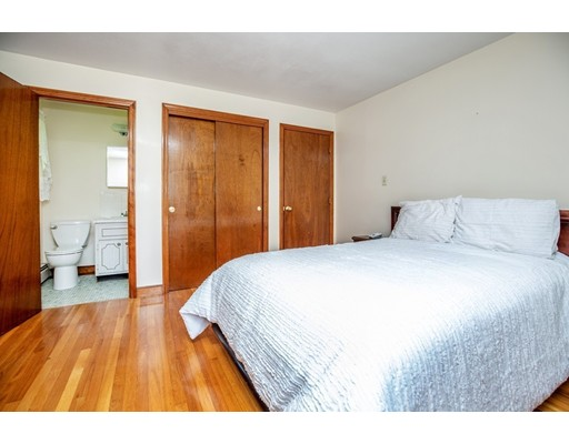 Picture 11 of 156 Summer St  Danvers Ma 3 Bedroom Single Family