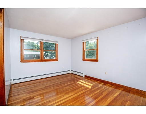 Picture 12 of 156 Summer St  Danvers Ma 3 Bedroom Single Family