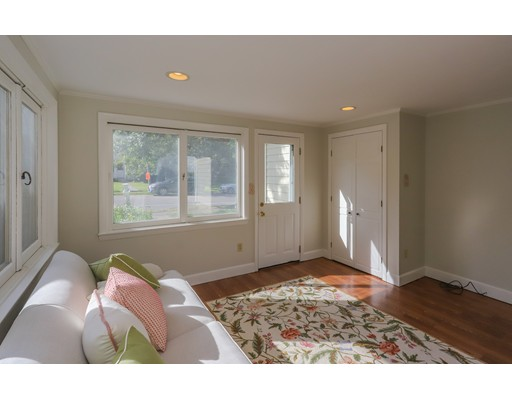 Picture 2 of 153 Lafayette St  Marblehead Ma 4 Bedroom Single Family