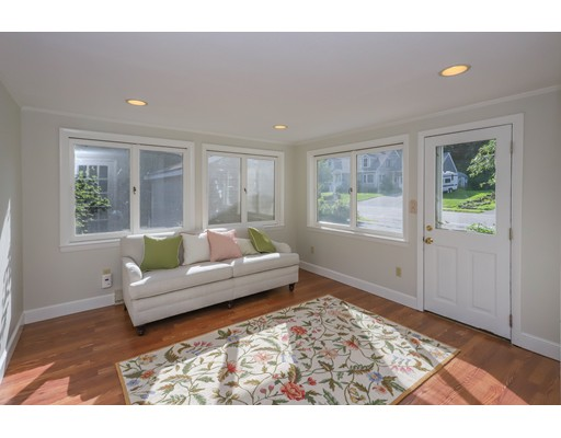 Picture 3 of 153 Lafayette St  Marblehead Ma 4 Bedroom Single Family