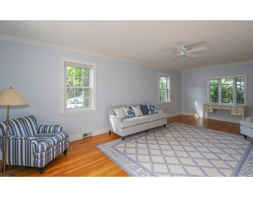 Picture 5 of 153 Lafayette St  Marblehead Ma 4 Bedroom Single Family