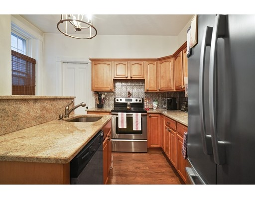 Picture 1 of 33 Chestnut St Unit 2 Chelsea Ma  2 Bedroom Condo#