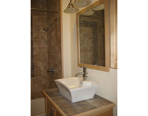 Picture 10 of 421 Essex St Unit 1 Salem Ma 2 Bedroom Condo