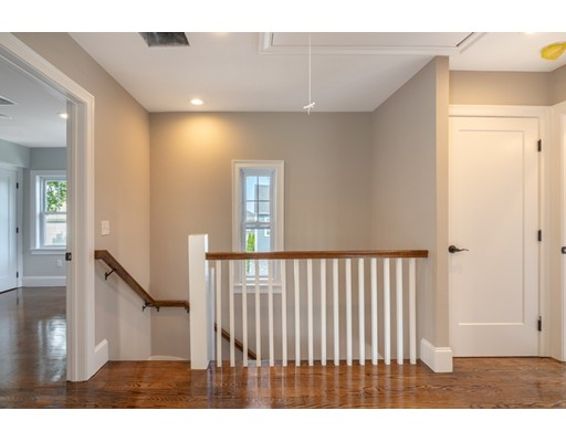 Picture 3 of 43 Cliftondale St Unit 2 Boston Ma 2 Bedroom Condo