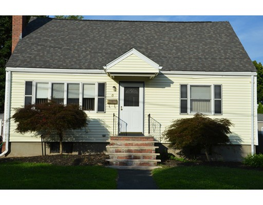 Picture 1 of 5 Raymond Cir  Peabody Ma  4 Bedroom Single Family#