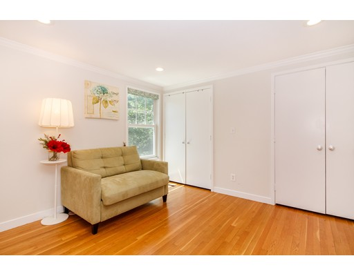Picture 11 of 11 Oak St Unit 61 Wellesley Ma 2 Bedroom Condo