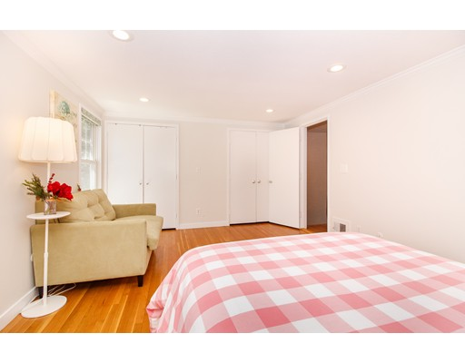 Picture 12 of 11 Oak St Unit 61 Wellesley Ma 2 Bedroom Condo
