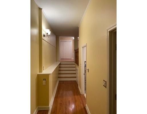 Picture 5 of 69 Essex St Unit 1 Salem Ma 2 Bedroom Rental