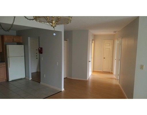 Picture 2 of 131 Coolidge Ave Unit 319 Watertown Ma 2 Bedroom Condo