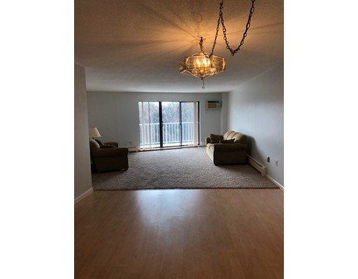 Picture 4 of 131 Coolidge Ave Unit 319 Watertown Ma 2 Bedroom Condo