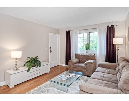 Picture 2 of 24 Saint Paul St Unit 1 Brookline Ma 2 Bedroom Condo
