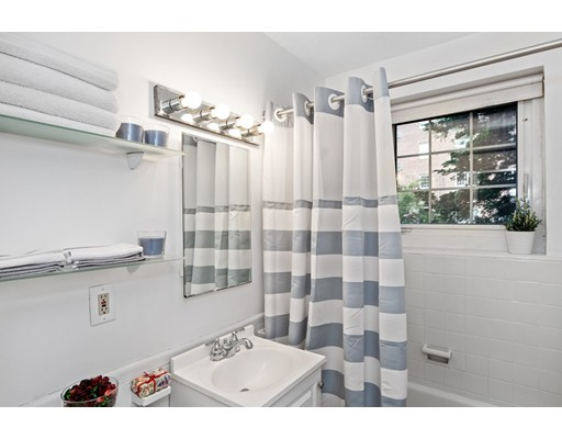 Picture 5 of 24 Saint Paul St Unit 1 Brookline Ma 2 Bedroom Condo