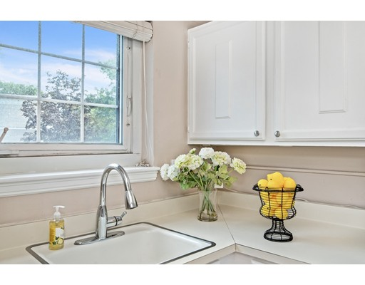Picture 6 of 24 Saint Paul St Unit 1 Brookline Ma 2 Bedroom Condo