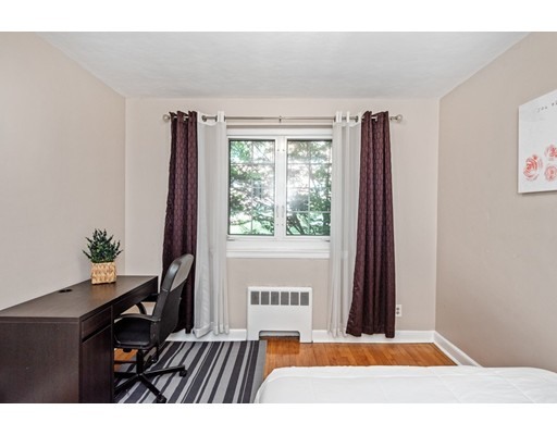 Picture 11 of 24 Saint Paul St Unit 1 Brookline Ma 2 Bedroom Condo