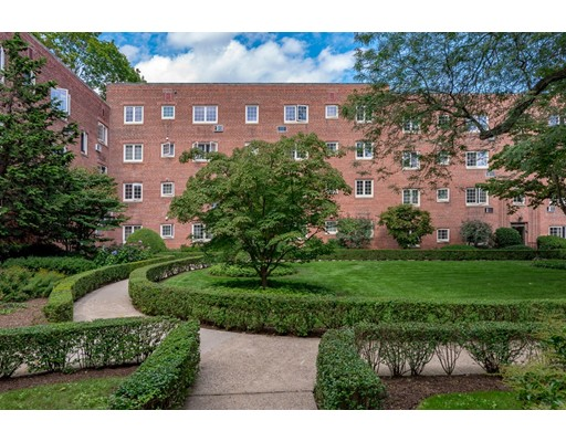 Picture 13 of 24 Saint Paul St Unit 1 Brookline Ma 2 Bedroom Condo