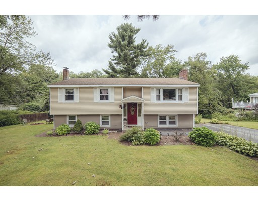 Picture 1 of 415 Acton Rd  Chelmsford Ma  4 Bedroom Single Family