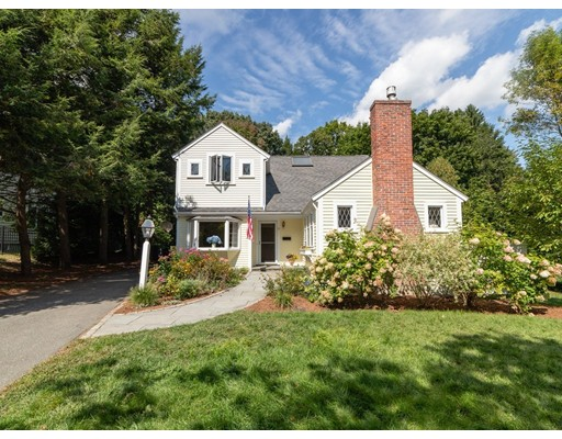 Picture 2 of 71 Fuller Brook  Rd  Wellesley Ma 4 Bedroom Single Family