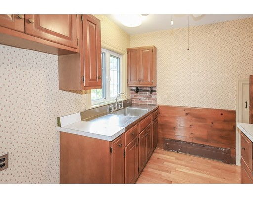 Picture 7 of 56 Ferry Rd  Newburyport Ma 3 Bedroom Single Family