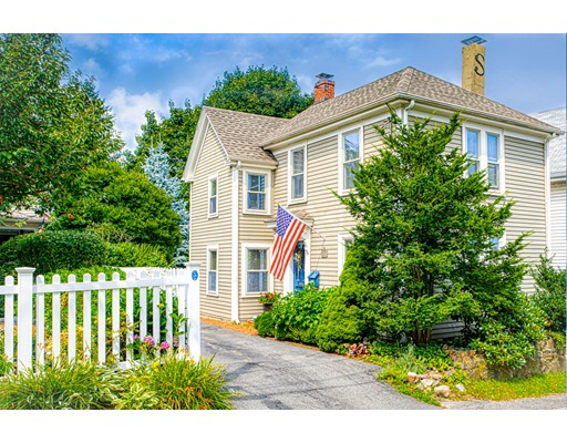 Picture 1 of 11 Rowland St  Marblehead Ma  2 Bedroom Single Family#