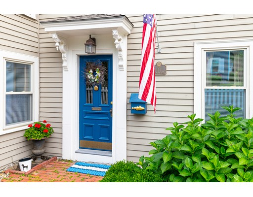 Picture 2 of 11 Rowland St  Marblehead Ma 2 Bedroom Single Family