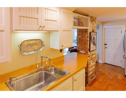 Picture 7 of 11 Rowland St  Marblehead Ma 2 Bedroom Single Family