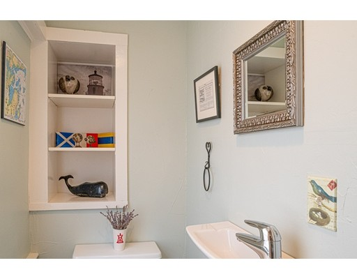 Picture 10 of 11 Rowland St  Marblehead Ma 2 Bedroom Single Family