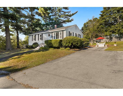 Picture 2 of 98 Rainbow Ave  Dracut Ma 3 Bedroom Single Family